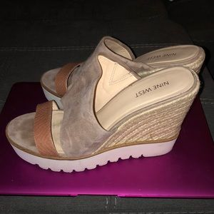Women's slide on wedges